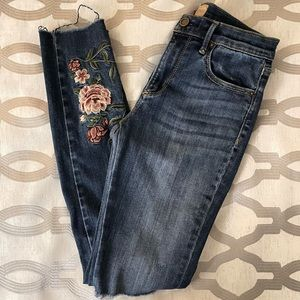 DRIFTWOOD Jackie Embroidered Rose Crop Jeans 25